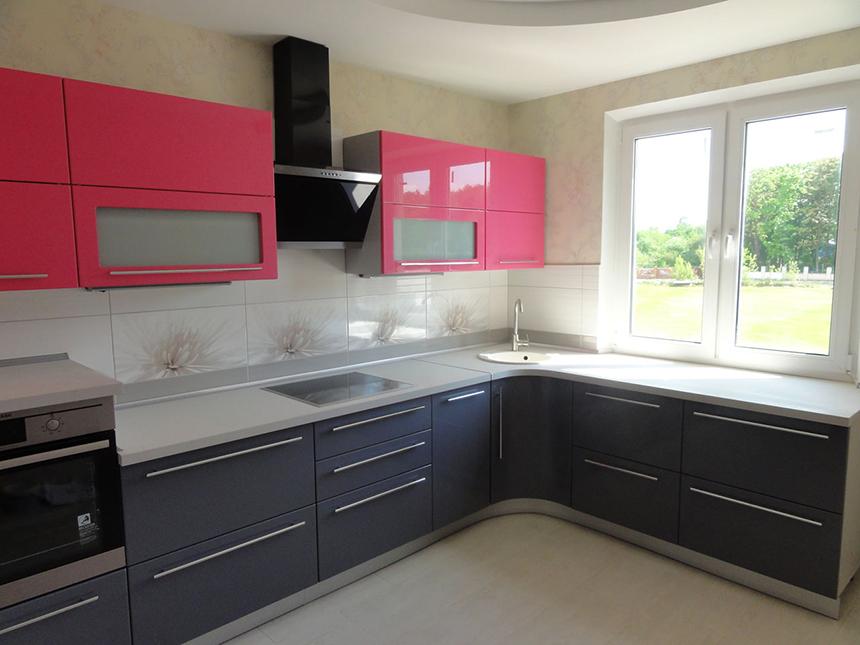 Розово черная кухня ЛНР