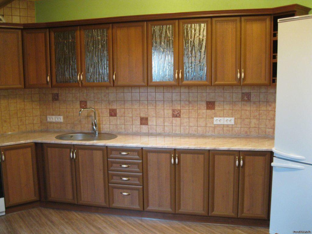 Кухня со стеклом в Стаханове
