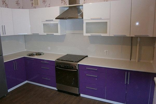 Фиолетово белая кухня Луганск