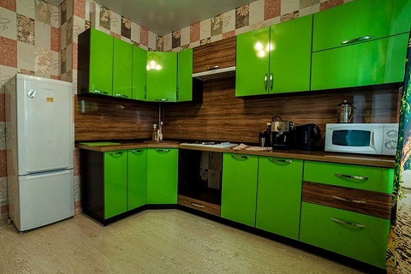 Зеленая кухня МДФ