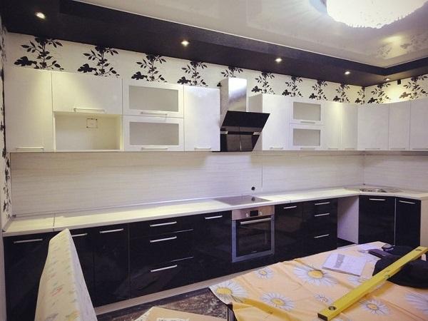 Большая кухня ЛНР