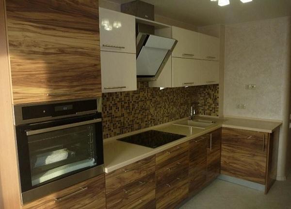 Кухня под дерево в Луганске