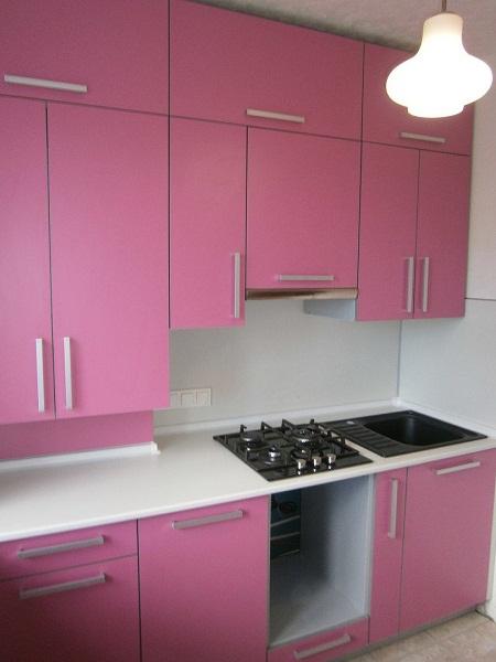 Розовая мебель